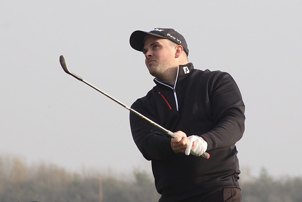 Capt Craig slots home 7 birdies to win Winter series 1